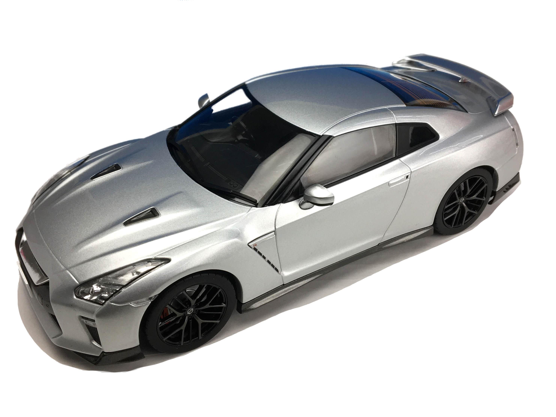 First18/ファースト18 日産  GT-R 2017 アルティメイトメタルシルバー
