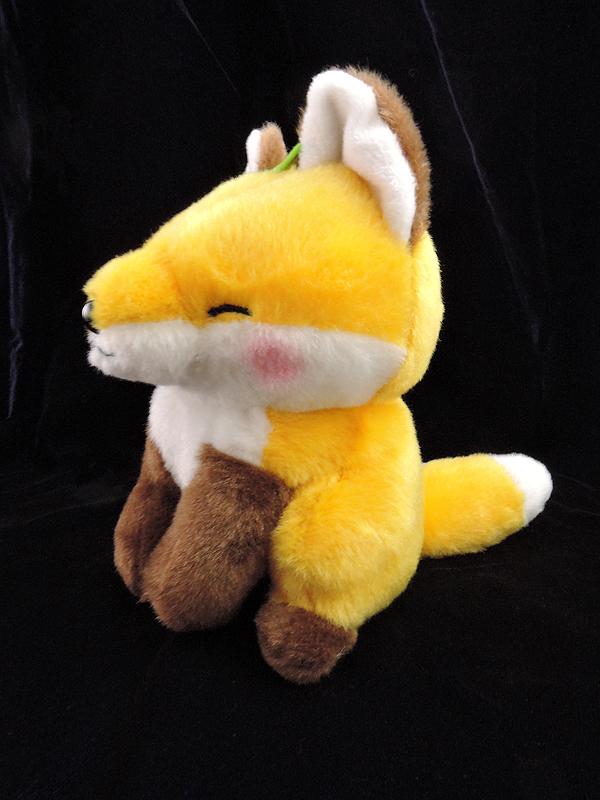 子狐コンコンぬいぐるみ