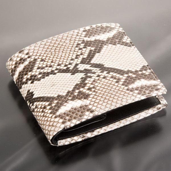 ダイヤモンドパイソン 二つ折り財布