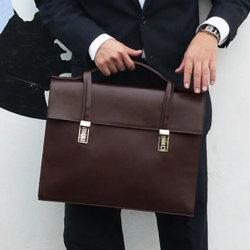 LOUNGE NEWフリップオーバーブリーフケース(ブラウン)CL-762BR☆持つ人を引き立てるビジネスバッグの画像