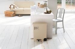 カフェスタイル・横型ペダルペール☆キッチンスペースを考慮した横型ペダルペールの画像