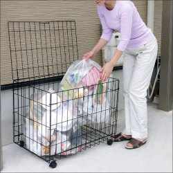 ゴミストッカーワイド大容量149L【カタログ掲載1303】【送料無料】☆生ゴミ出しも安心の屋外用ストッカーの画像
