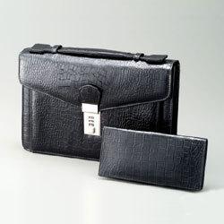 トムモリス メンズ 本革手提げバッグ&財布セット クロコダイル型押しの画像
