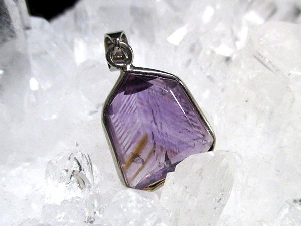 ファントムアメジスト 紫水晶  ペンダントトップ 天然石専門店【鬮石】