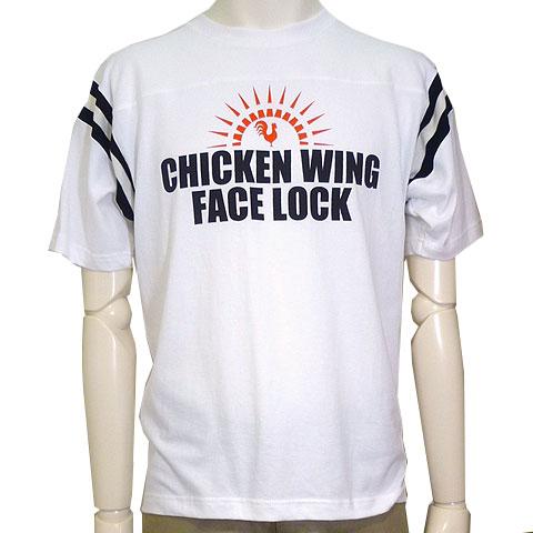 チキンウィングフェイスロックフットボールTシャツ