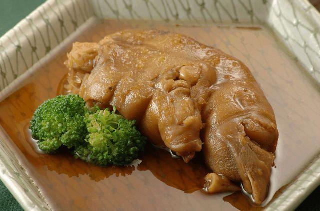 鹿児島黒豚豚足醤油煮210g/T-10