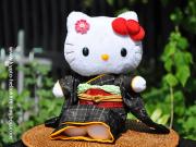 本物仕立の着物!【着物工房】高級着物ハローキティぬいぐる/和風キティ