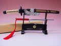 【日本のおみやげ】◆日本刀・模造刀【陣太刀ペーパーナイフ&十手(赤)掛台付セット】