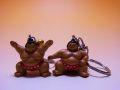 【日本のおみやげ】◆お相撲さんキーホルダー赤(仕切り)(雲竜型)2種類よりお選びください。