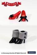 Shoes Selection ハイヒール(レッド)×ショートブーツ(ブラック)