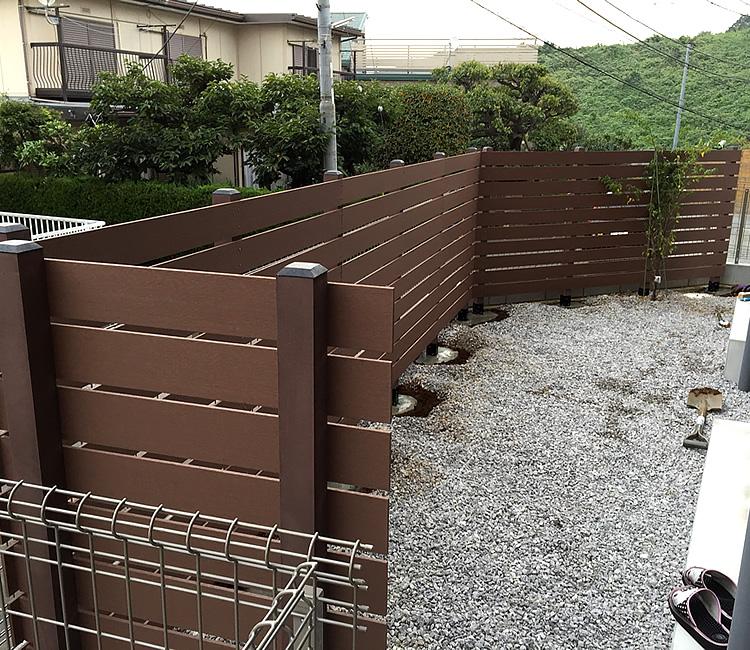 人工木フェンスの施工完了!