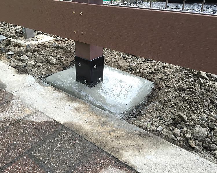 基礎のコンクリート固め