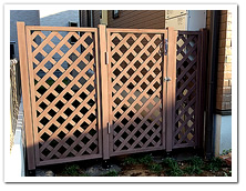 お庭への人工木ラティスフェンス&門扉設置