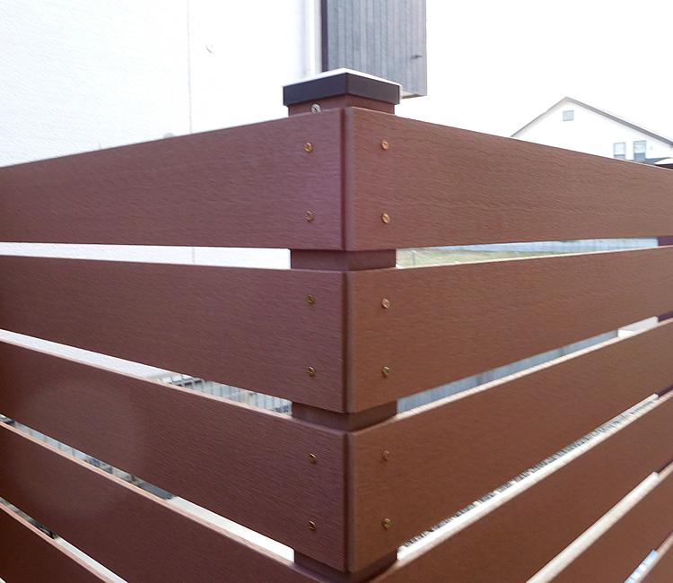 人工木材の出隅処理