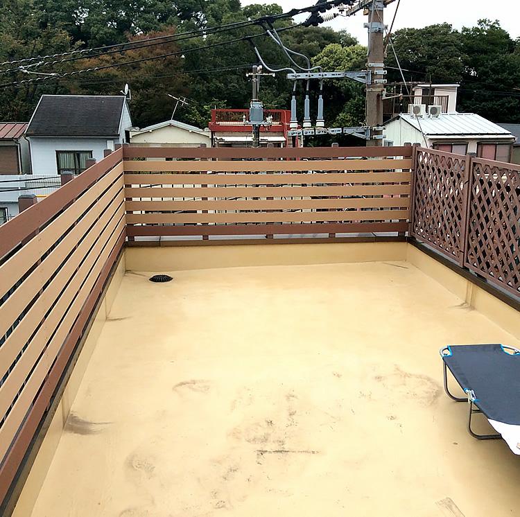 テラスへの横張りフェンス設置