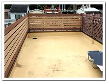 屋上テラスへの人工木ボーダーフェンス設置例