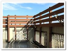 子供さんへの事故防止と装飾性を兼ね備えた人工木ボーダーフェンス設置