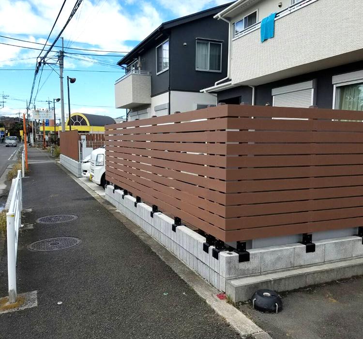 人工木フェンス設置完成