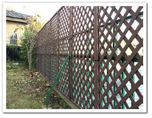 お庭への人工木ラティス&ホワイトルーバー設置