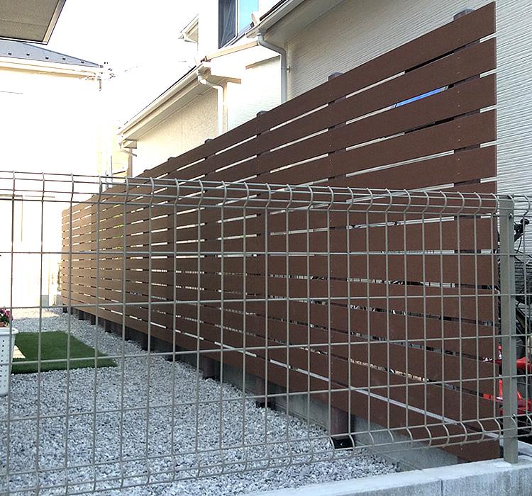 人工木フェンス完成