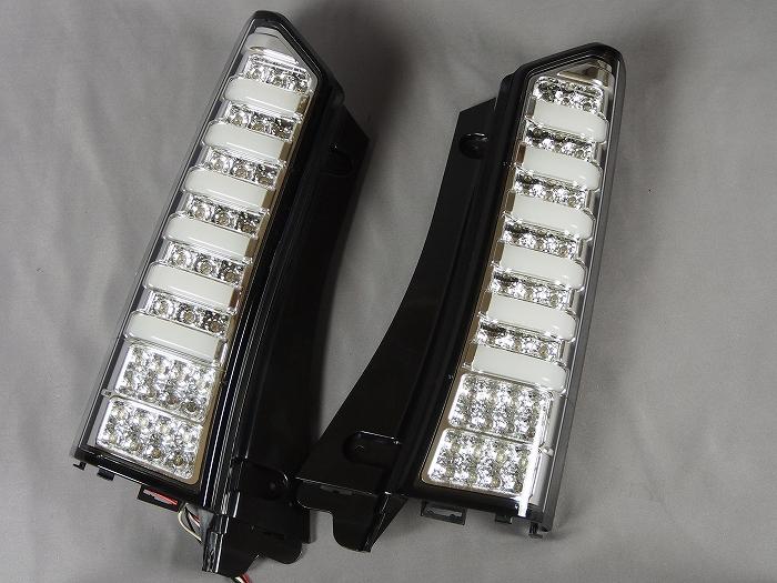 【ホンダ】【N-BOX】 JF1・JF2(H23.12〜) LEDテールランプ クローム