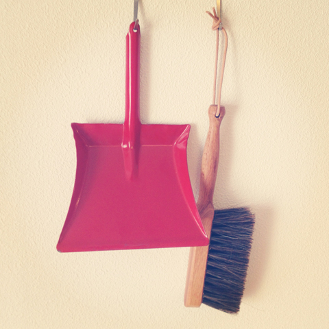 MINI BRUSH and DUSTPAN