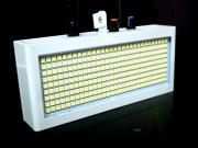 小型LEDストロボ、パワーアップしてさらに強力に!!