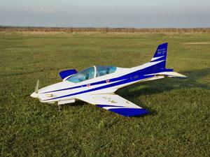 ピラタスPC-21 50 ブルー (電動引込脚付属) - Pilatus PC-21 50 Blue
