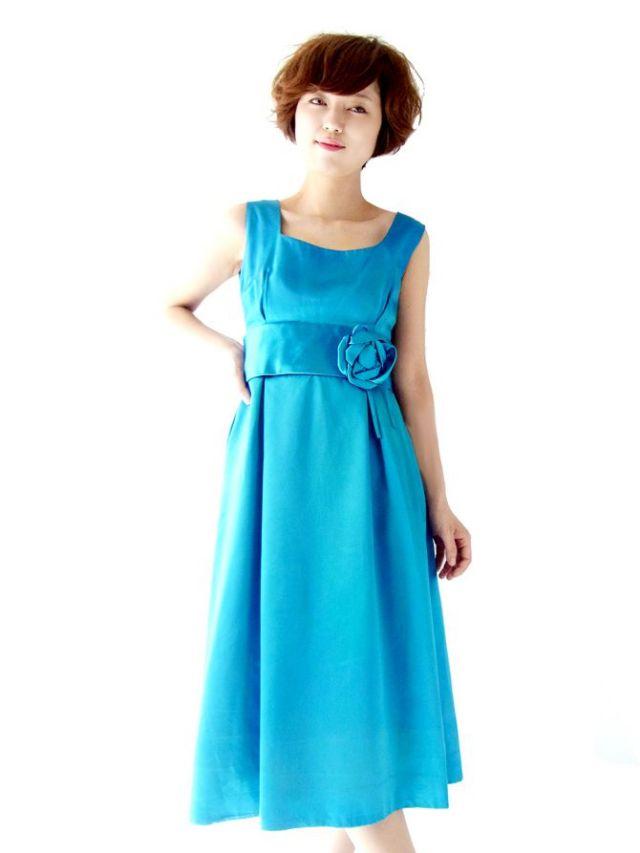 【送料無料】フランス買い付け ターコイズブルー X 薔薇コサージュ ヴィンテージ ドレス : 13FC511【ヨーロッパ古着】