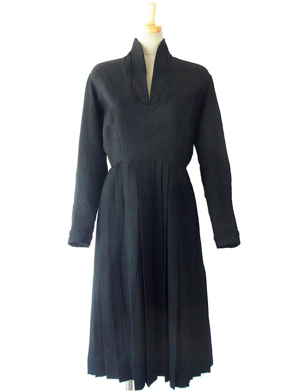 ヨーロッパ古着 フランス買い付け 60年代製 シックなブラック X コード飾り ヴィンテージ ワンピース 14FC535