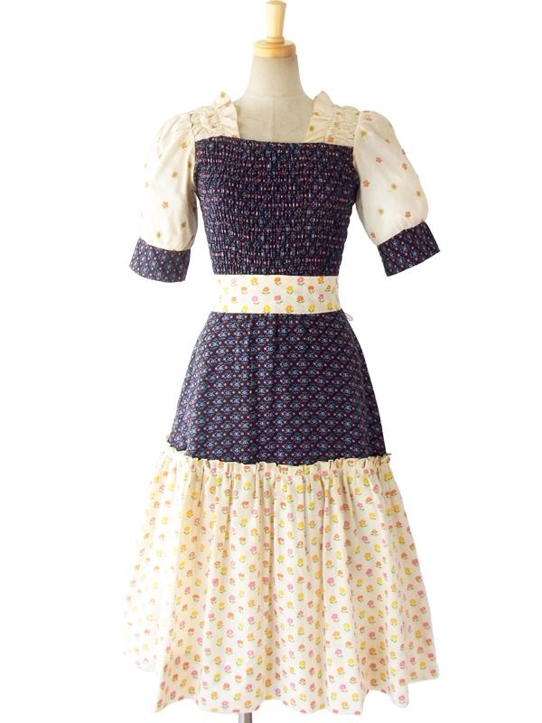 ヨーロッパ古着 フランス買い付け 60年代製 ベージュ X ネイビー 生地切替 花柄刺繍 ふんわり ワンピース 15OM232