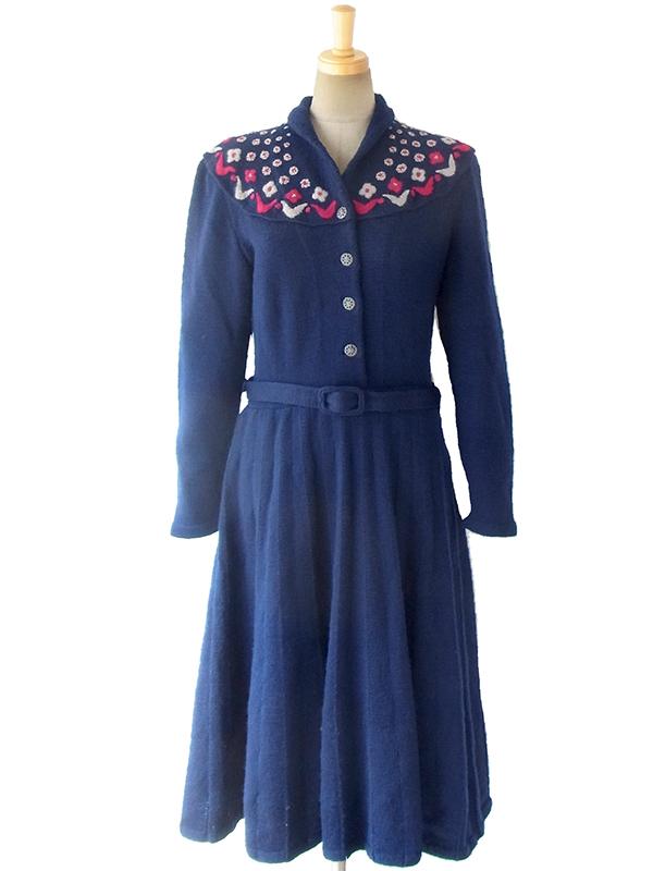 ヨーロッパ古着 ロンドン買い付け 60年代製 ブルー X レッド・ホワイト 花柄刺繍 ウールニット ワンピース 16BS329