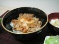 ヤヨイ) 繁華街の豚キムチ丼の具 100g