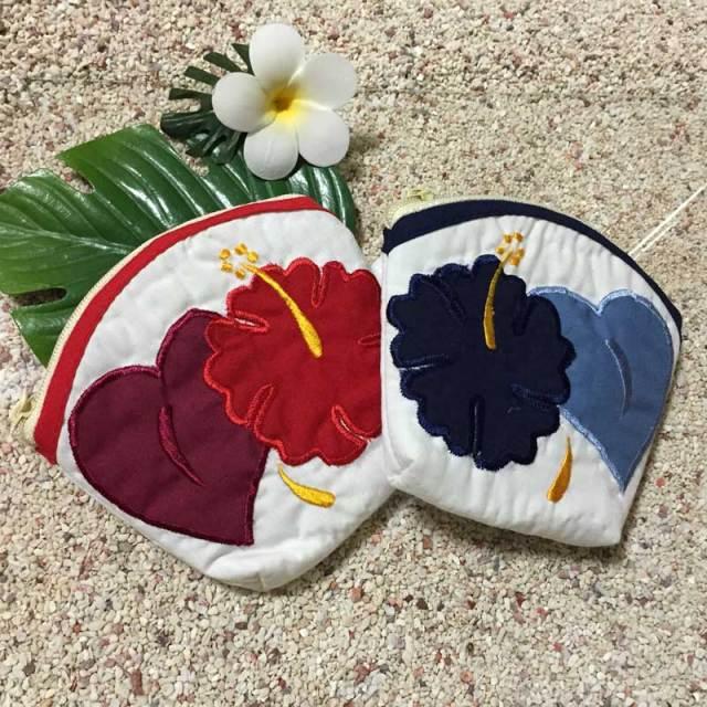 ハワイアンキルト Hawaiian Quilt  ハイビスカスコインケース