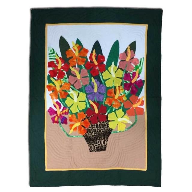 Hawaiian quilt ハワイアンキルトタペストリー   カラフルハイビスカス82×108cm/インテリア 壁掛け マット