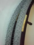 冬用タイヤ28×520