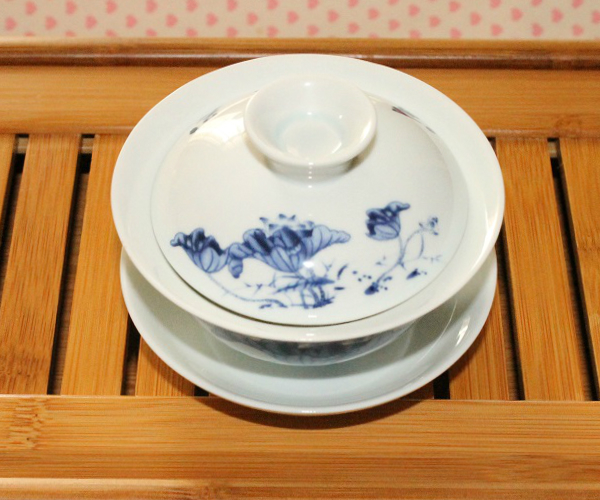 中国茶器【景徳鎮 蓋椀】ブルー 蓮模様