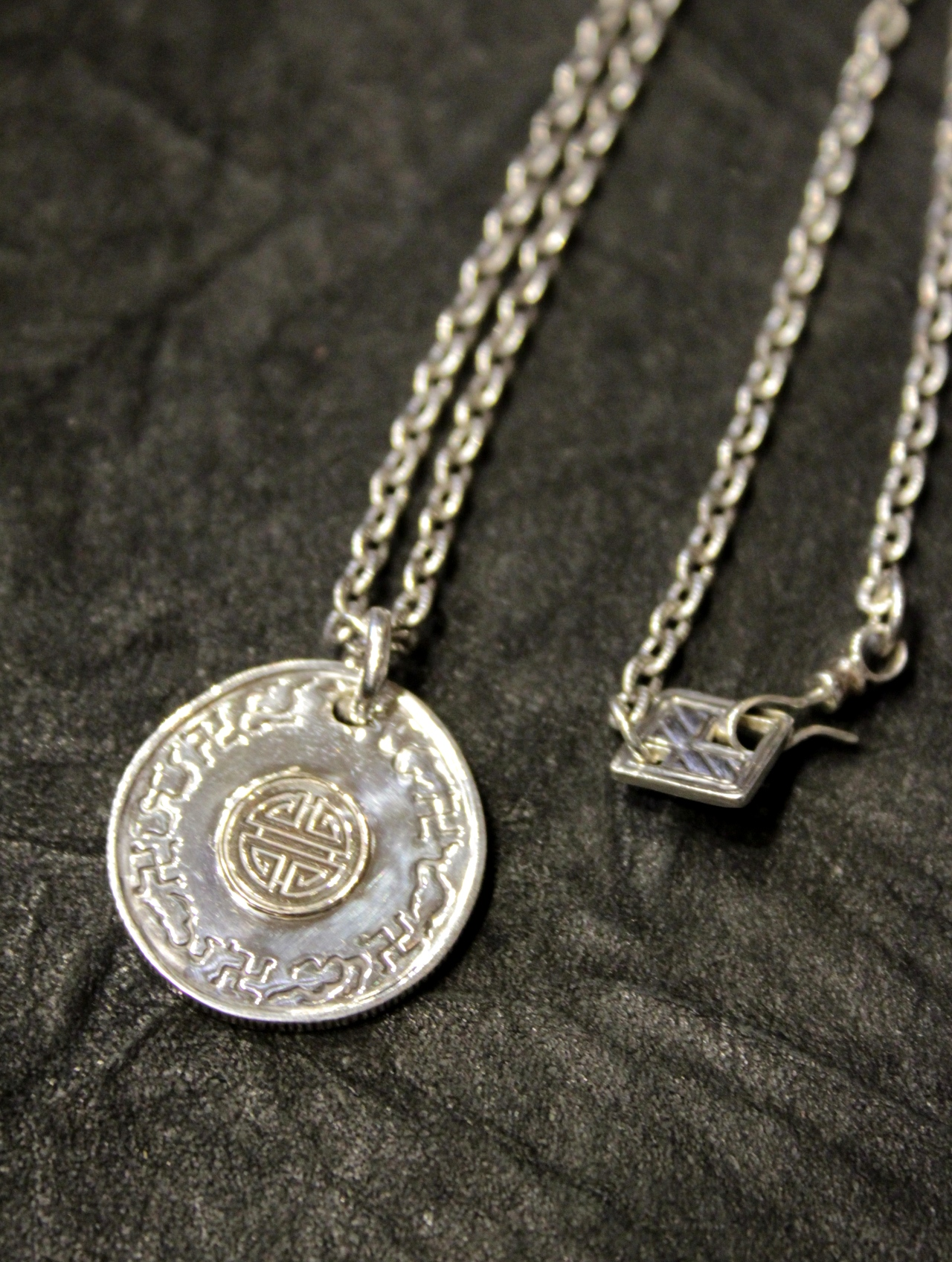 RADIALL  「ALL THINGS - NECKLACE 〈SILVER 925×10K GOLD〉」 SILVER 925×10K GOLD 製 チャームネックレス