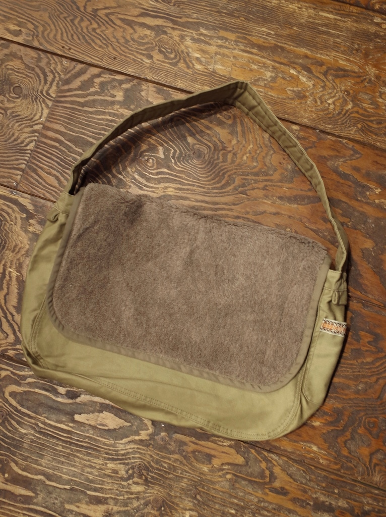 RADIALL  「SMOKEY MAIL BAG」 ショルダーバッグ
