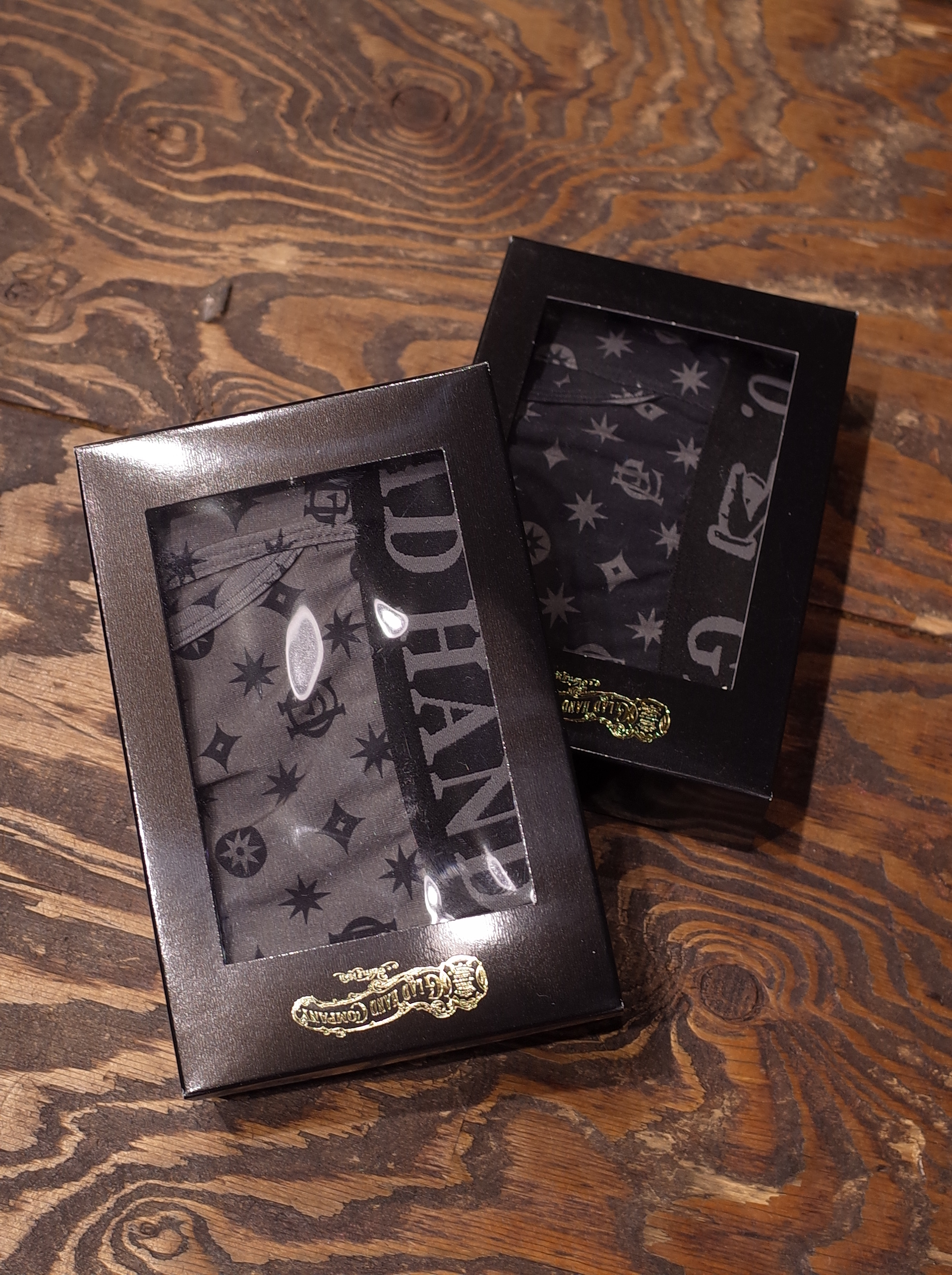 【NEW YEAR LIMITED ITEM !!】 GLAD HAND  「GH FAMILY CREST - BOXERS」  ボクサーパンツ