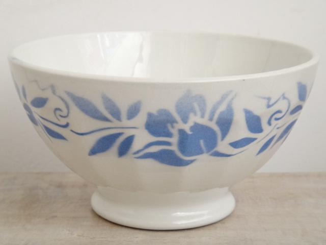 フランス アンティーク カフェオレボウル 青い花 Moulin des Loups 製