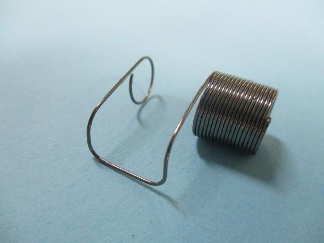 糸取バネ(ピンピン)「旧式2本針ミシン用」「標準用」「三菱DN-260他」