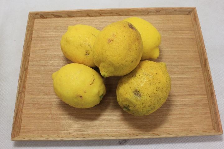 国産レモン(1kg)傷あり・不揃い