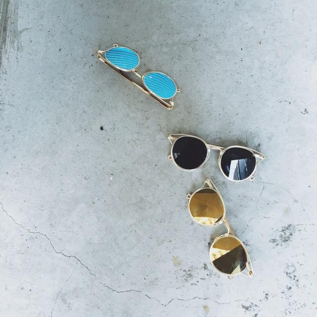 サイドデザインミラーサングラス/3カラー