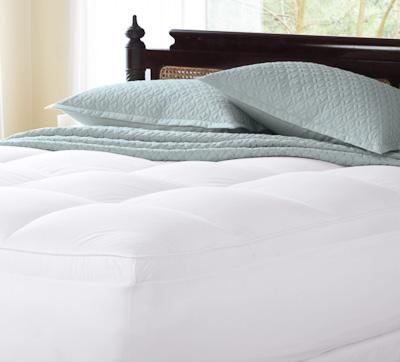 フェザー50%ダウン50% ベッドパッド / クイーン / (ゴム付き 高さ53cmまでのマットレスに対応・パッド部分の厚み5cm)