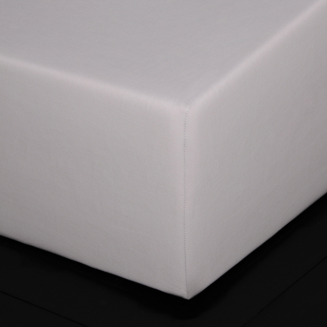 ボックスシーツ1枚 / 封筒型スタンダード枕カバー2枚 /  Home Concept(ホームコンセプト) / ブロウ