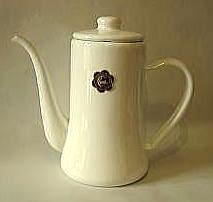 おしゃれで人気の月兔印のコーヒーポット1.2リットル(白)