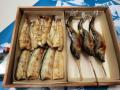 鮎塩焼き国産鰻白焼き(タレ山椒付属)化粧箱入りセット 各2尾入り,3尾入りご用意しています