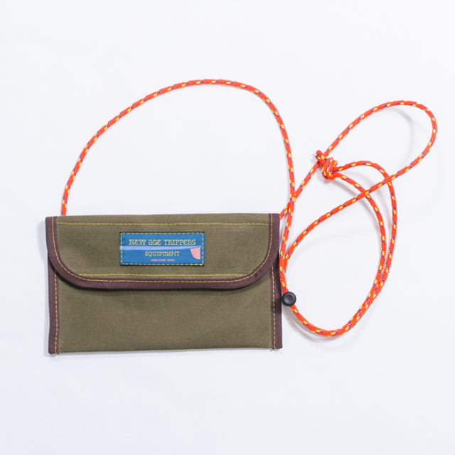 NEW AGE TRIPPERS FES WALLET KHAKI