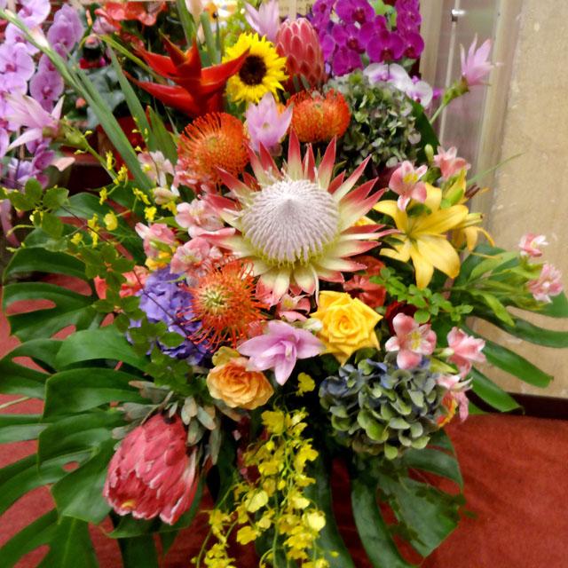 4月の花「アルストロメリア」おすすめフラワーギフト